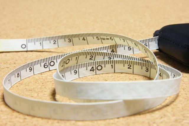 身長を測るメジャー