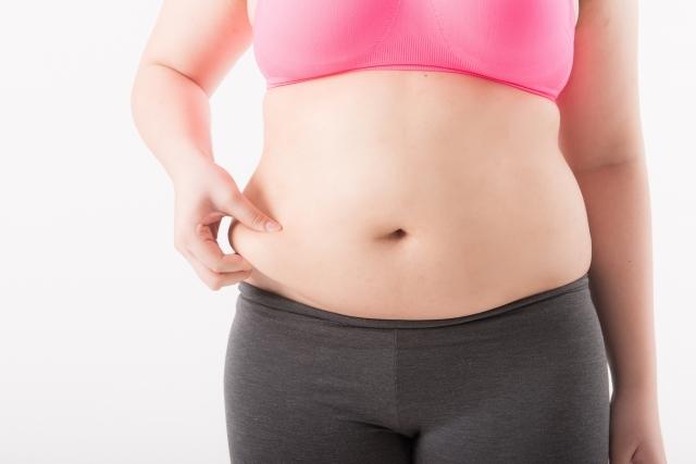 ダイエットに挫折した女性